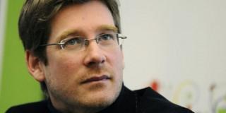 Un Ministre en exercice signe la pétition du Professeur Hubert MONTAGNER!