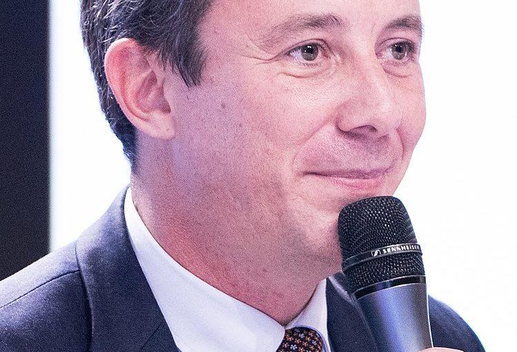Benjamin Griveaux signe le manifeste de la FLAC contre l'accès des mineurs aux corridas